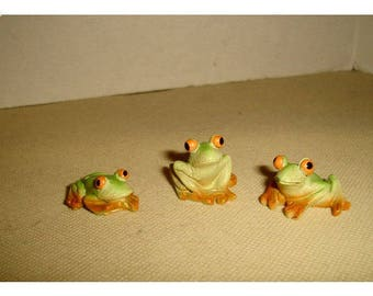 Fairy Garden Resin Frogs/  Set of 3*/Minis/Supplies*