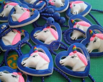 2 supports de queue de cheval Licorne, licorne Vintage des années 80 liens élastiques corne de cheveux arc en ciel de la tête / queue de cochon / poney queue porte / Bracelet BFF bijoux cadeau