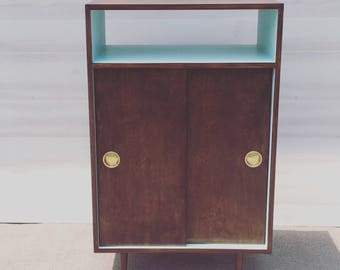 Record Player Stand / Record Cabinet / Mid Century Modern / Vinyl Storage / TV Cabinet / with Sliding Doors