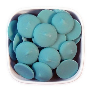 Light Blue Candy Melts 1 LB - pastel blue melting chocolate wafers for cakepops or chocolate making