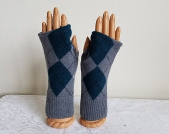 Argyle Fingerless Gloves in Teal and Gray Cashmere