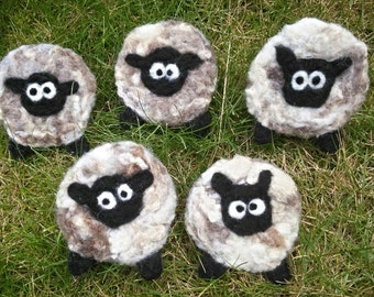 Country Merino Wool and Pure Fleece Sheep Brooches, Baa Lamb Brooches