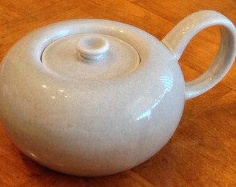 """Russel Wright by Steubenville (USA) """"American Modern"""" - Covered Sugar Bowl in Granite Gray"""