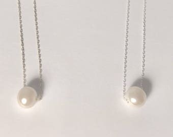 Wai Necklace- white freshwater pearl