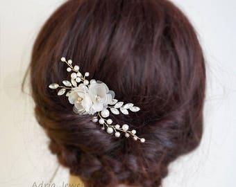Wedding Hair Accessories Bridal Headpiece Pearls & Crystal Wedding Hair Flowers Bridal Hair Comb Hair Clip for Wedding Gift for Brides