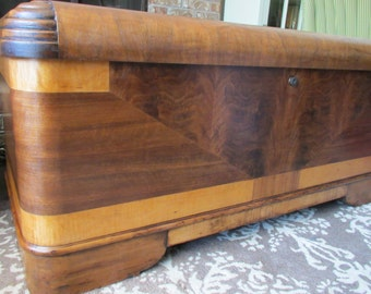 Lovely SAMPLE   Not For Sale   Vintage Antique 1930s Art Deco Hope Cedar Blanket  Chest Trunk Great Pictures