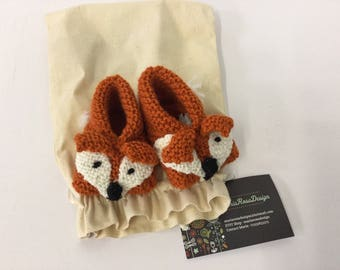 Hand knitted retro Fox baby slippers/booties