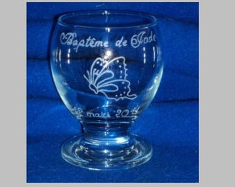 1 candle on feet engraved and personalized decorations and inscriptions to choose