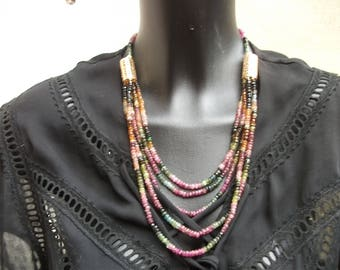 Necklace 5 rows of tourmalines.