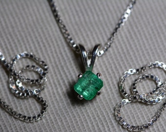 Emerald Necklace, Colombian Emerald Pendant 0.38 Carat Appraised 350.00, Sterling Silver, Real Natural Princess Cut Jewelry, May Birthstone
