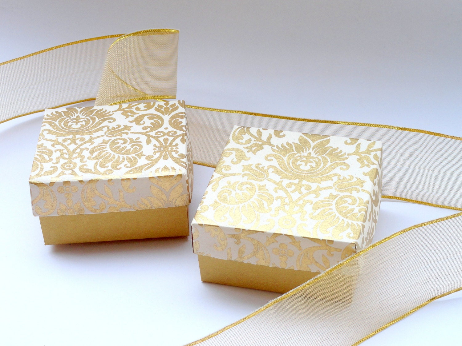 gold wedding favor boxes - Wedding Decor Ideas