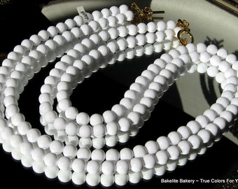 Bright White Vintage Necklace Wedding Bib Multi Modernist 2 Strand Hollywood Marilyn Runway Signed JapaN Long Mid Century Glossy Statement
