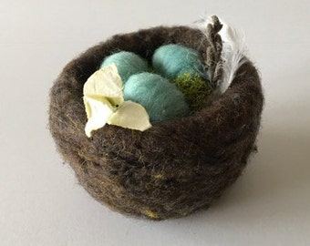 Needle Felted Bird's Nest - Walnut