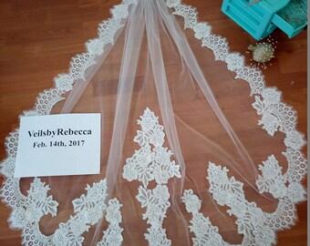 1 tier mantilla lace wedding veil,fingertip lace veil,Alencon lace fingertip veil,short lace veil, ivory mantilla lace bridal veil V616