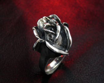 Black rose ring, rose jewelry, silver flower ring, women's silver ring, floral ring, flower jewelry, sterling silver ring, gift for women