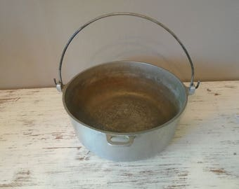 Vintage Club hammered aluminum hanging dutch oven, replacement parts, no lid available / camping / campfire cookware