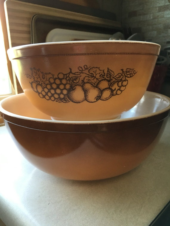 Pyrex old orchard mixing bowls; 403, 404 from thewillisline on Etsy ...