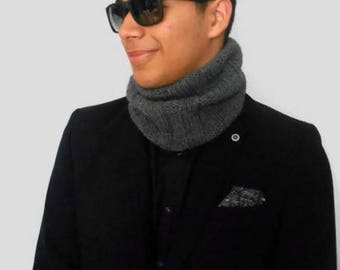 Cashmere infinity loop scarf, gray neckwarmer unique gift for him, anniversary present for husbands, casual chic turtleneck for boyfriends