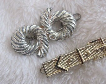 Silver tone and  gold tone 1970s   vintage barrettes
