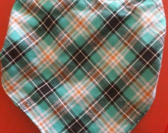 Bandana green Plaid cotton fabric for you or your pet will mistake nut neck