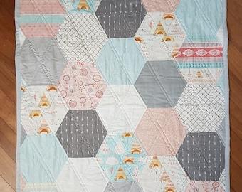 Boho Girls Hexagon Quilt, tee-pee, dreamcatcher, hexagon, arrows, gold
