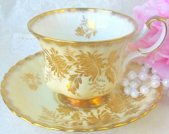 Vintage Tea Cup and Saucer /ROYAL ALBERT Vintage Series Gold Cornflower on pale butter yellow Tea Party / Collectable teacup