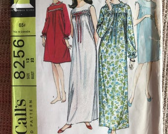 Vintage 1960's McCall's 8256 Sewing Pattern Misses' Nightgown