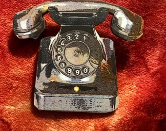 Hello-Hello Black Telephone Brooch