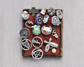 15 Vintage Sterling Silver Pin Lot - tiny high school club music service hat lapel pins - 4H IHN