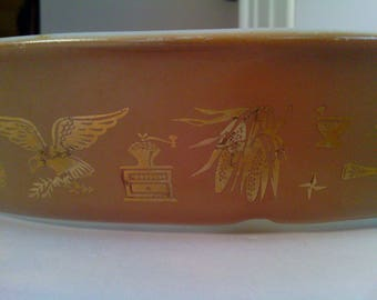 """Vintage Pattern # 31  """" Early American """" Pryrex Ovenware Brown w/ Gold  Oval 1.5 qt. Divided Dish"""