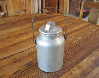 "Lidded USA Aluminum Milk Cream Pail Bucket w Wire Bail Handle 8"" 1950s Farmhouse Primitive"