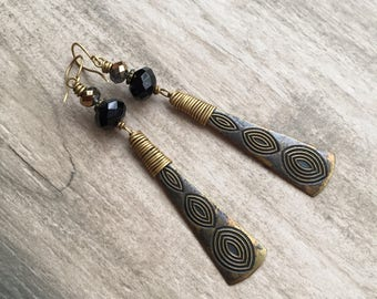 Brass earrings,  black agate earrings,  wire wrapped brass earrings, handmade black and brass earrings