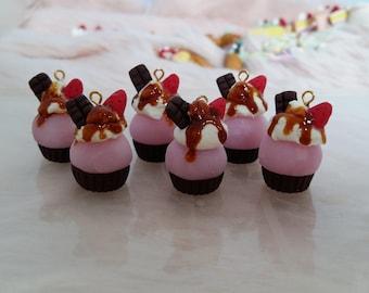 Accessoires poupées Cupcake choco/fraise