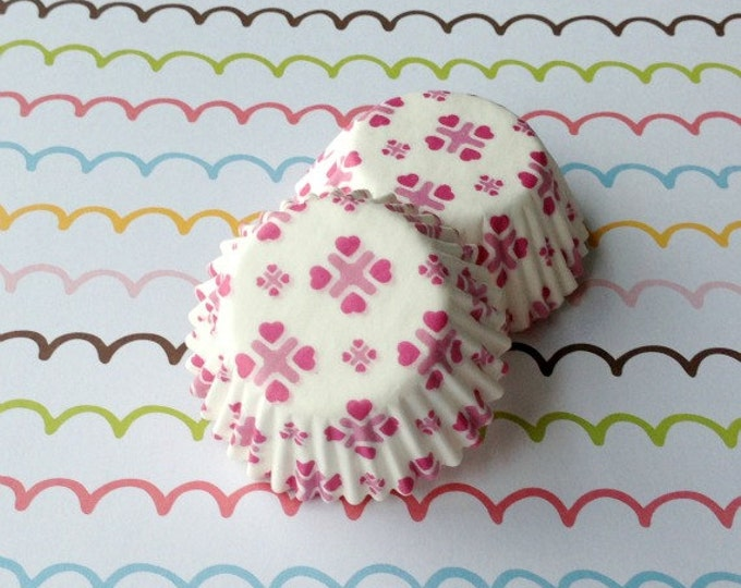SALE - Mini Sweetheart Cupcake Liners