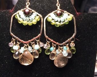 Collection Amélie avec les boucles d'oreilles or remplissage Noe
