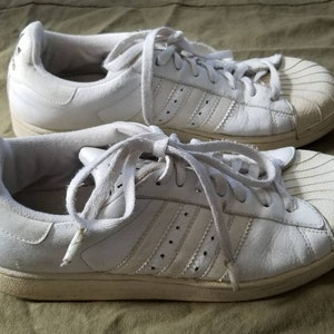 Classic ADIDAS sneakers, men's 8, white