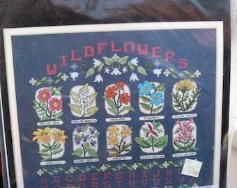 Janlynn Wildflower Sampler/ Counted Cross Stitch Kit/ 50-545/ Made in USA/ MIP