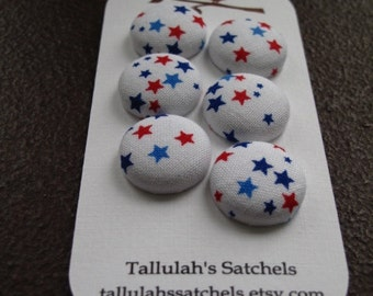 "Wearable Sew On Fabric Covered Buttons - Size 30 or 3/4"" Red, White and Blue Stars"