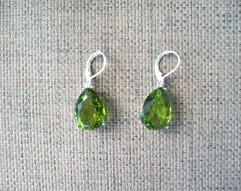 Pear Shaped Sterling Silver Earrings - Peridot Green 18x13mm