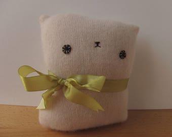 Kitty Cashmere Sweater Softie