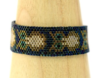 Beading Kit - Night Owl Bracelet - Peyote Stitch