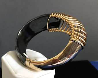 ALEXIS BITTAR Coiled Hinge Bangle Bracelet 10K Gold Signature Hand Sculpted Lucite Stunning Originally 295.00