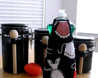 Mini Apron for Dish Soap Bottle, Reversible Dish Detergent Bottle Apron, Red & White Aprons on Black Dishwashing Liquid Cover, Kitchen Item