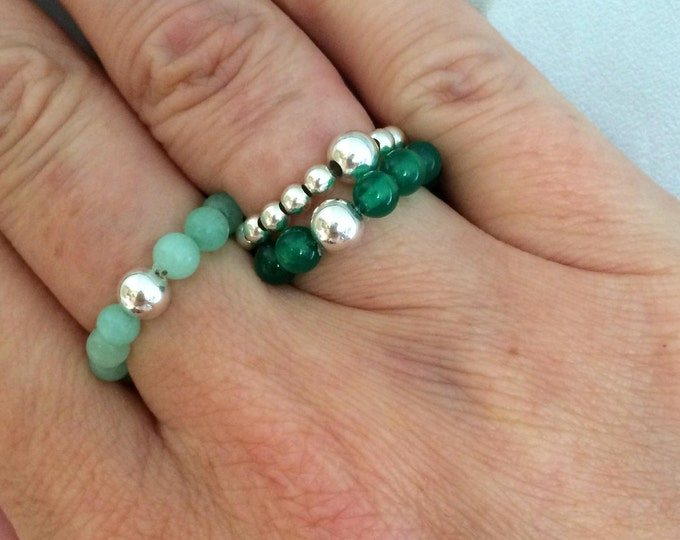 GREEN ONYX STRETCH ring with Sterling Silver or 14K Gold Fill accent bead
