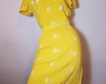 FREE  SHIPPING   1950 Sheath Linen Dress