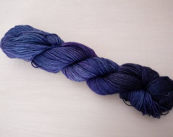 Hand-dyed wool Midnightblue