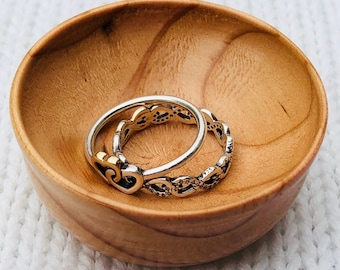 Hand-turned Ring Bowl - Pine