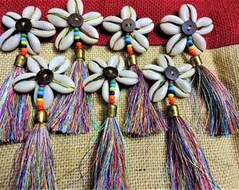 Cowry Shell Motifs, Cowry Shell Rosette, Cowrie Appliques, Flower Appliques, Silk Tassels - 4 Cowrie Shell Flowers with Silk Tassel