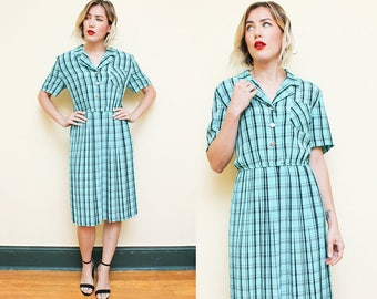 Green Plaid Dress // 1980s Short Sleeve Secretary Dress // Checkered Pleated Button Down Midi Size Large