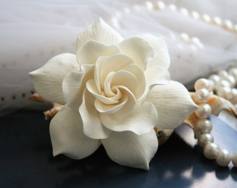 Ivory Gardenia Hair clip Wedding hair flower Bridal hair flower Bridal flower hair clip Clay hair flower Ivory wedding